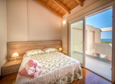 Psarou, Zakynthos - Dolce Luxury Suites Photo 4