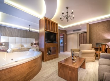 Tragaki, Zakynthos - Elegance Luxury Suites Photo 12