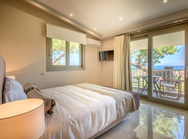 Alykes, Zakynthos - Koukounaria Suites Photo 14