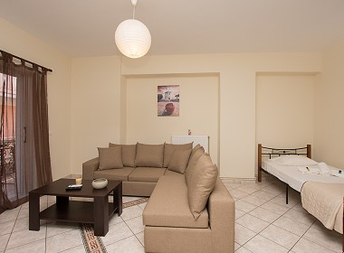 Koutouzi 82, Zante Town - Beautiful City Center Apartments Photo 2