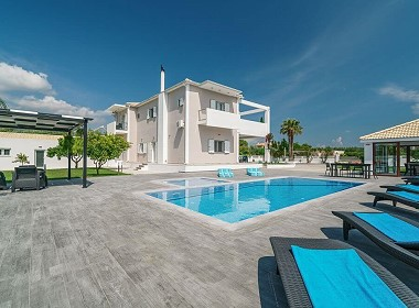 Laganas, Zakynthos - Ostria Luxury Villa Photo 11