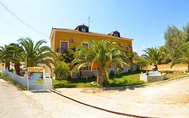 Kalamaki Zakynthos Zante Island Greece - Plubis Studios Apartments Photo 2