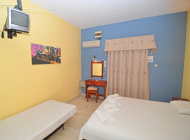 Kalamaki Zakynthos Zante Island Greece - Plubis Studios Apartments Photo 8