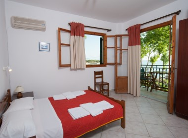 Tsilivi Zakynthos - Zarkadis Beach Apartments Photo 6