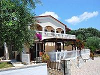 Villa Kournos